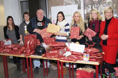 SpendenaktionWeihnachtsfeierKBSEutin